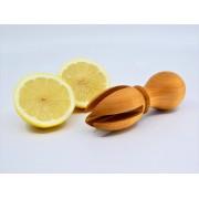 Zitronenpressen aus Holz